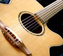 schräge Gitarre Arbeitsgerät