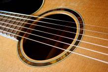 wieder die Gitarre